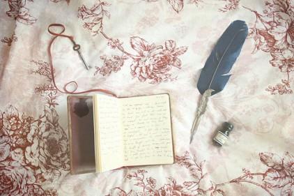 book-diary-paris-vintage-Favim.com-694911
