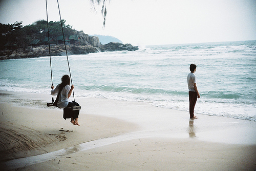 alone-art-artistic-beach-beautiful-Favim.com-353076